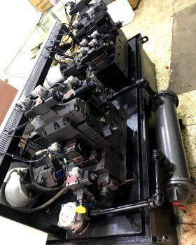 moulding machine hydraulic